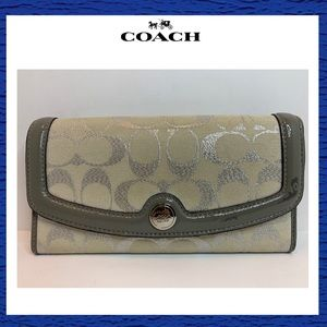 Coach Tri Fold Long Wallet